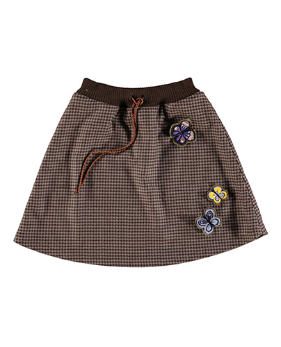 Not a simple skirt  ( 6-7Y, 8-9Y )
